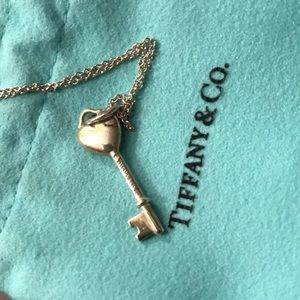 Tiffany & Co. Jewelry - Aunthentic Pre Owned Tiffany & co Necklace